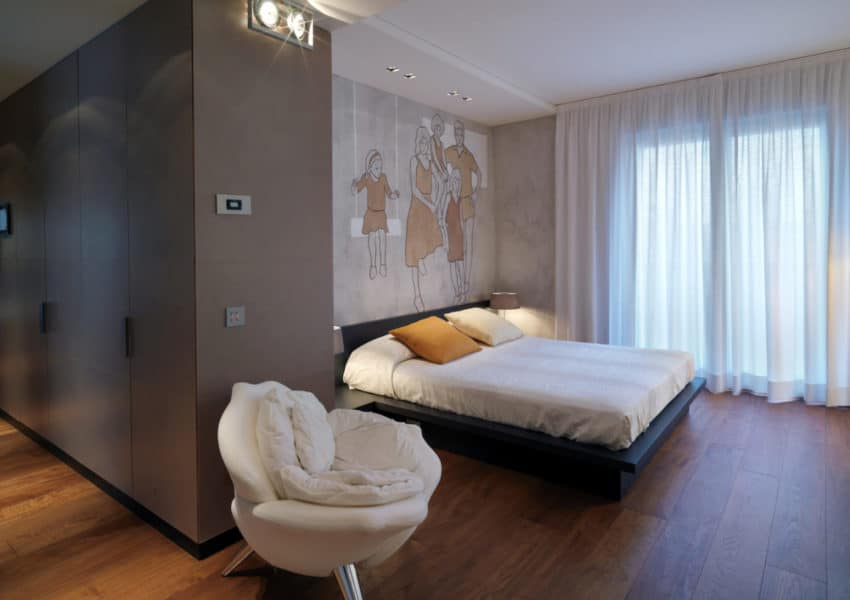 Flair studio - bedroom penthouse flat with artwork and bespoke furniture