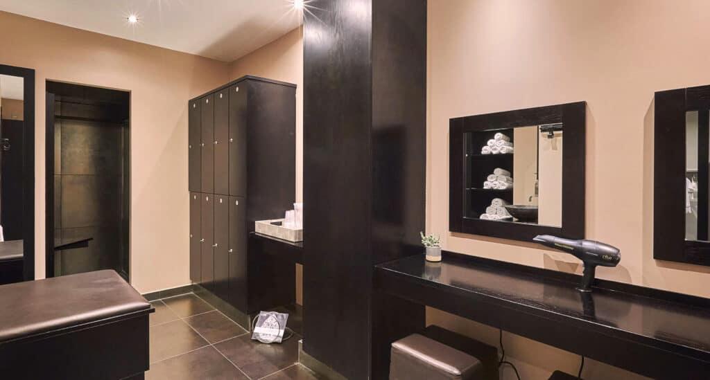 Vita Pilates, changing room, pink, flair studio design