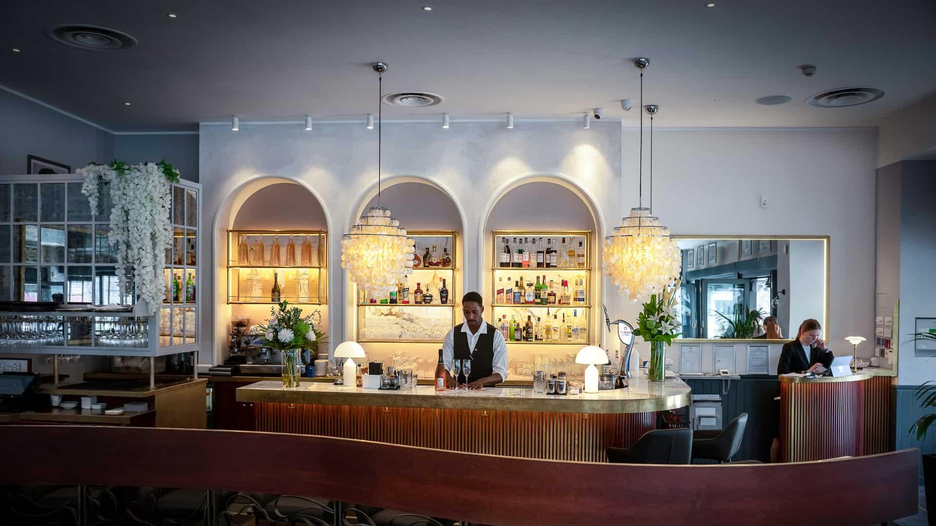 Lucarelli Birmingham, bar, restaurant