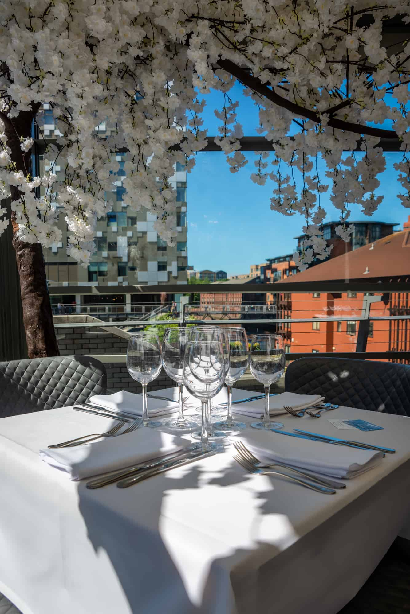 Lucarelli restaurant, view. pergola, grand union canal