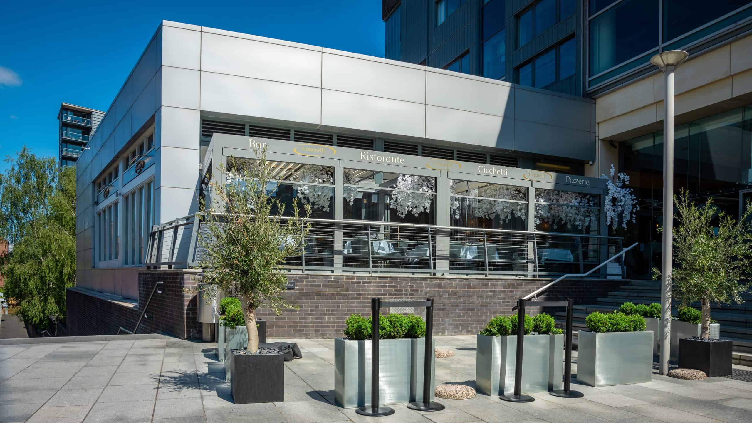 Lucarelli facade, the mailbox, bio-climatic pergola, flair studio design